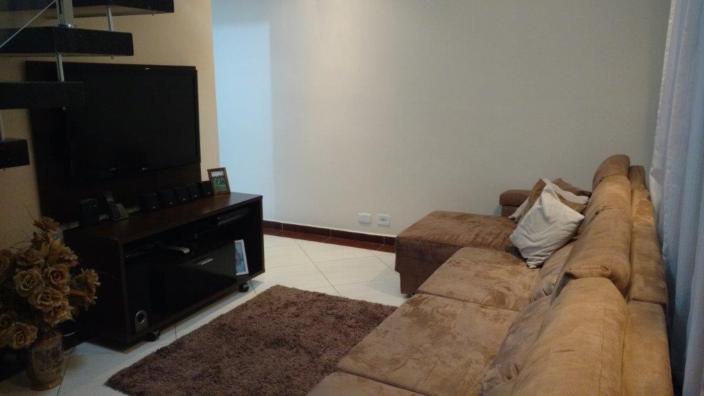Casa residencial à venda com 209m² 3 dorm, 1 suíte em São Bernardo do Campo.