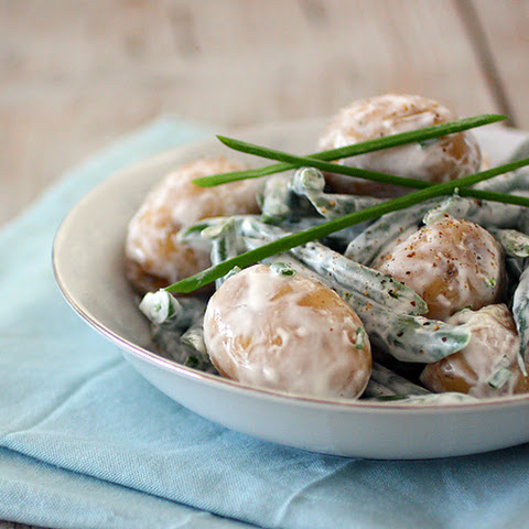 Potatoes and Green Beans with Sour Cream and Chives