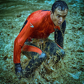 Stand Up And Run ! by Marco Bertamé - Sports & Fitness Other Sports ( water, splatter, differdange, 2015, soup, waterdrops, luxembourg, muddy, red, strong, sèlash, determined, drops, brown, strongmanrun, man )