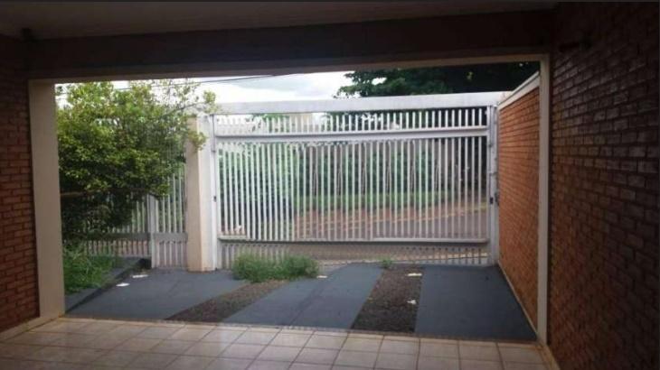 Casa para Aluguel 153 m²  com 3 quartos