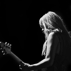Grace Potter by Kate Anthony - People Musicians & Entertainers ( noir, concert photography, female musician, music photography, grace potter )