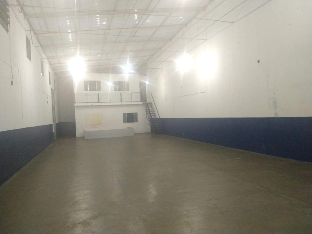 Galpão para alugar, 300 m²  - Pqe Res Jundiai - Jundiaí/SP