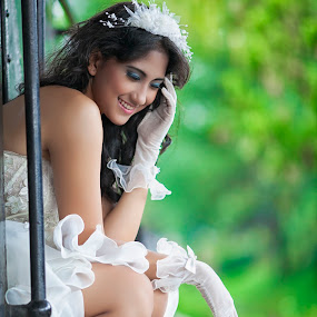 beautiful bride .... by Sahid Djatmika - Wedding Bride