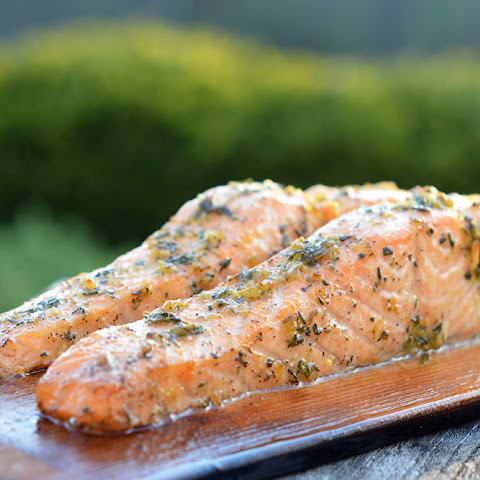 Cedar Plank Salmon with Lemon, Garlic & Rosemary