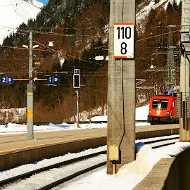 Langen am Arlberg by Michal Valenta - Transportation Trains