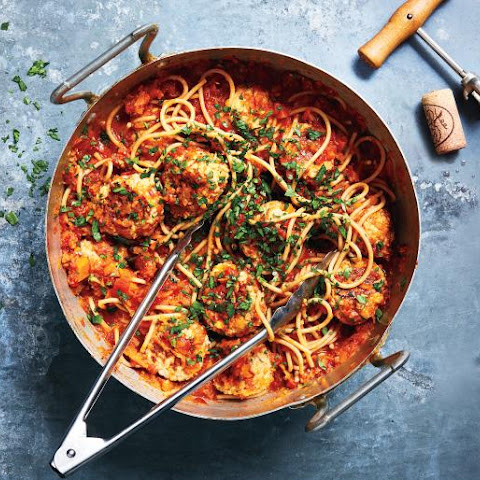 Red Sauce and Turkey Meatballs over Whole-Grain Spaghetti