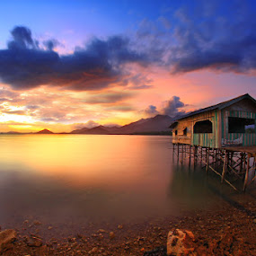 by Ferdy Oi - Landscapes Weather