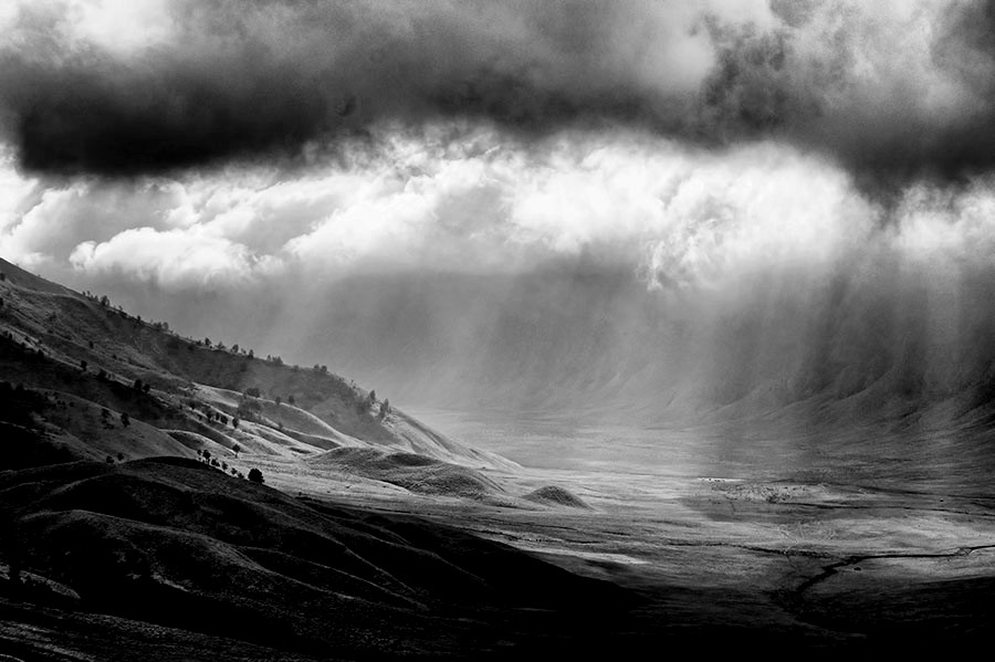 Clouds & light formation by F.N. Hendrawan - Landscapes Weather ( clouds, ray of lights, pwcbwlandscapes, malang east jawa, tengger valley, tumpang )
