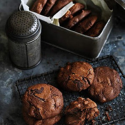 Date And Ginger Chocolate Chip Biscuits
