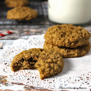 Cinnamon Maple Oatmeal Cookies