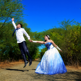 Please don't fly away by Ronny W Tanjung - Wedding Other