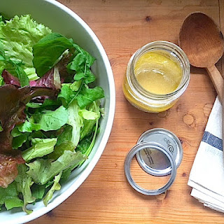 EASY EVERYDAY VINAIGRETTE