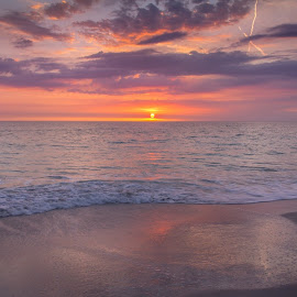 Beach sunset by Wendy Oster - Novices Only Landscapes ( sunset, beach, landscape, relax, tranquil, relaxing, tranquility )