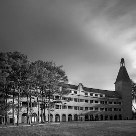 Grand Lycée Yersin-Dalat in the evening sunlight by Dzung Le - Buildings & Architecture Public & Historical ( black and white, dalat, vietnam, architecture, sunlight,  )