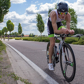 185 triathlon team by Bart Joosen - Sports & Fitness Cycling ( time trial 185 )