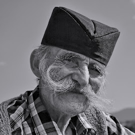 FACE PORTRAITS by Miloš Karaklić - People Portraits of Men (  )