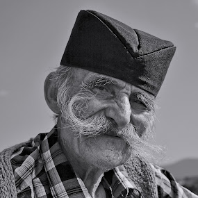 FACE PORTRAITS by Miloš Karaklić - People Portraits of Men (  )