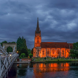 View from Marlow bridge by Yordan Mihov - Buildings & Architecture Public & Historical ( water, marlow, thames, architecture, bridge, river )