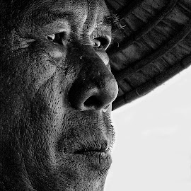 Fisherman in Long Hai - Vietnam by Andre Minoretti - People Street & Candids ( long hai, sea life, asia, fisherman], vietnam, portrait )