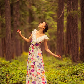 Fashionable Tree by Rakesh Malik - People Fashion ( lovely, pretty, forest, beauty, nature, natural light, girl, trees, graceful, outdoor, beautiful, female, colorful, fashion )