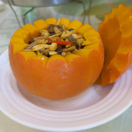 Braised Mushrooms in Pumpkin  by Dennis  Ng - Food & Drink Cooking & Baking (  )