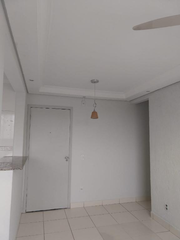 Apartamento com 2 dormitórios para alugar, 48 m² por R$ 640,00/mês - Jardim Márcia - Campinas/SP