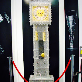 Waterford Clock by Marsha Sices - Artistic Objects Glass (  )