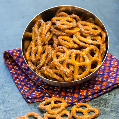 Seasoned Pretzels With Cayenne Pepper Recipes | Yummly