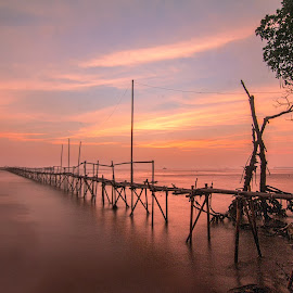 by MazLoy Husada - Landscapes Waterscapes