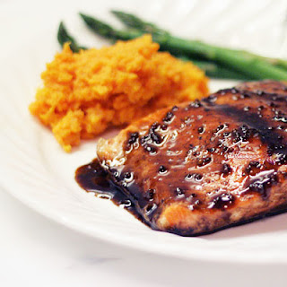 Baked Salmon with Pomegranate-Balsamic Sauce