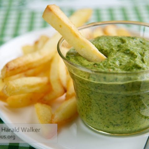 French Fries with Vegan Cheddar Spinach Dip