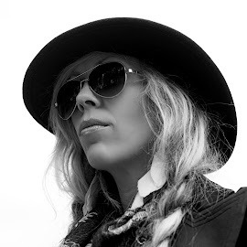 Kate 1 by Mick Wells - People Fashion ( beatnik, black and white, woman, hair, sunglasses, portrait, hat,  )