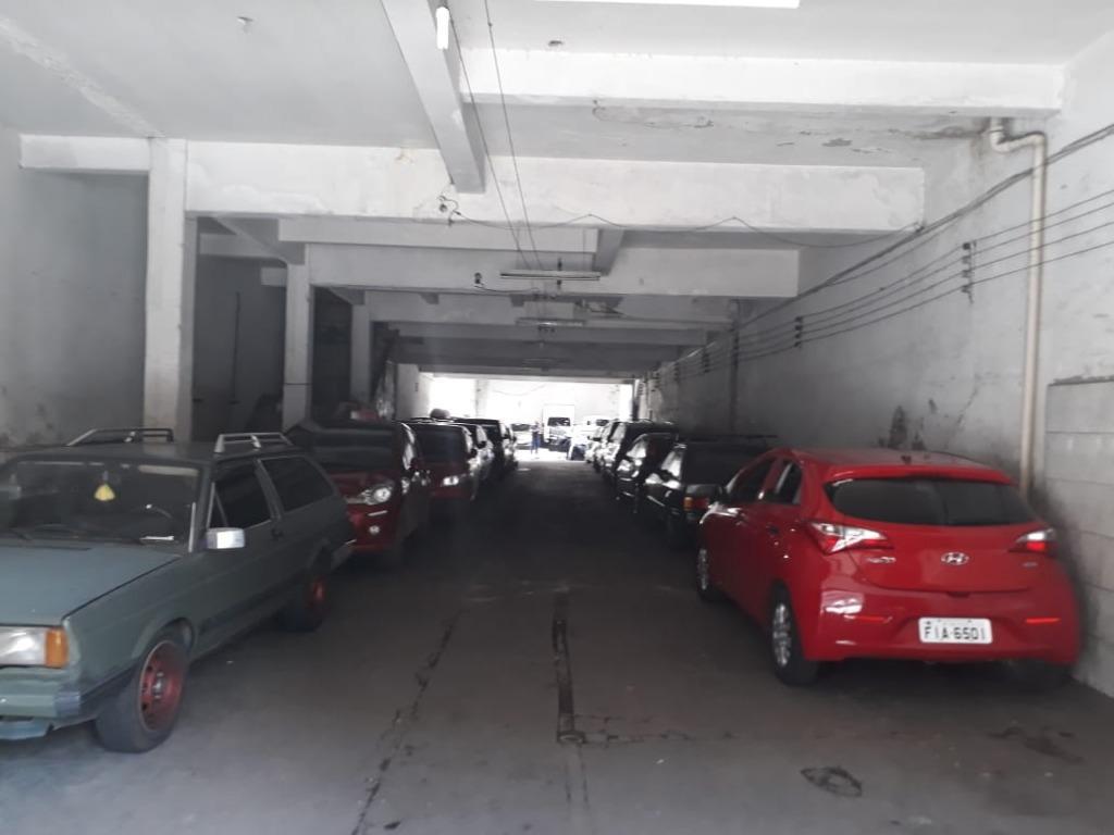 Estacionamento 70 vagas, 6 mil líquido, 15 anos no local- Luz