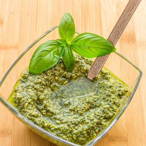 Homemade Spinach Basil Pesto