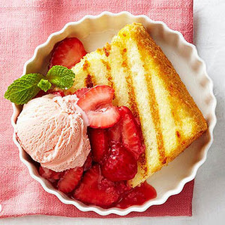 Grilled Angel Food Cake with Strawberry Sauce