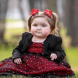 Abby by Tony Bendele - Babies & Children Child Portraits ( child, children, people, portrait )