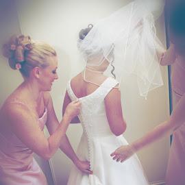 by Michelle Exler - Wedding Getting Ready