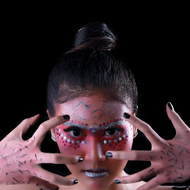 Beauty Fantasi by Chaerul Iqbal - People Body Art/Tattoos ( model, dark, fashion photography, beauty, tattoo )