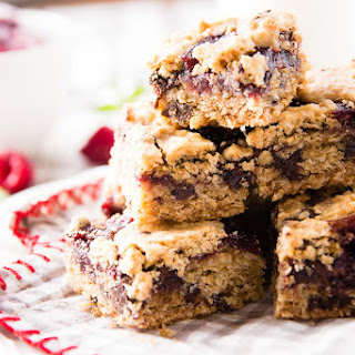 One Bowl Raspberry Chocolate Chip Oatmeal Cookie Bars