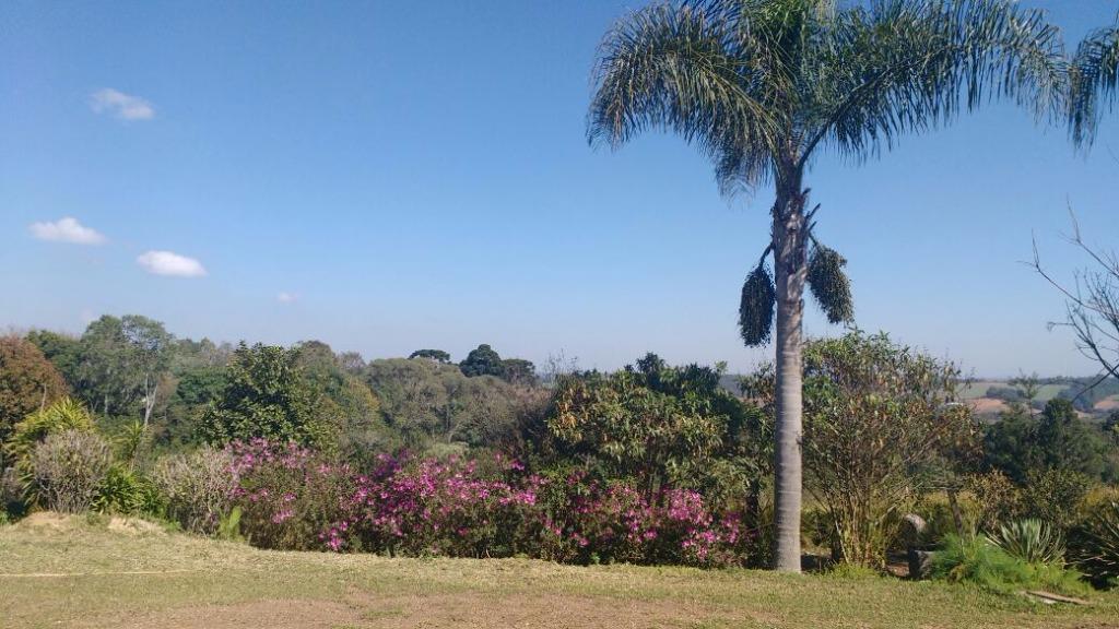 Chácara à Venda - Jardim Viviane
