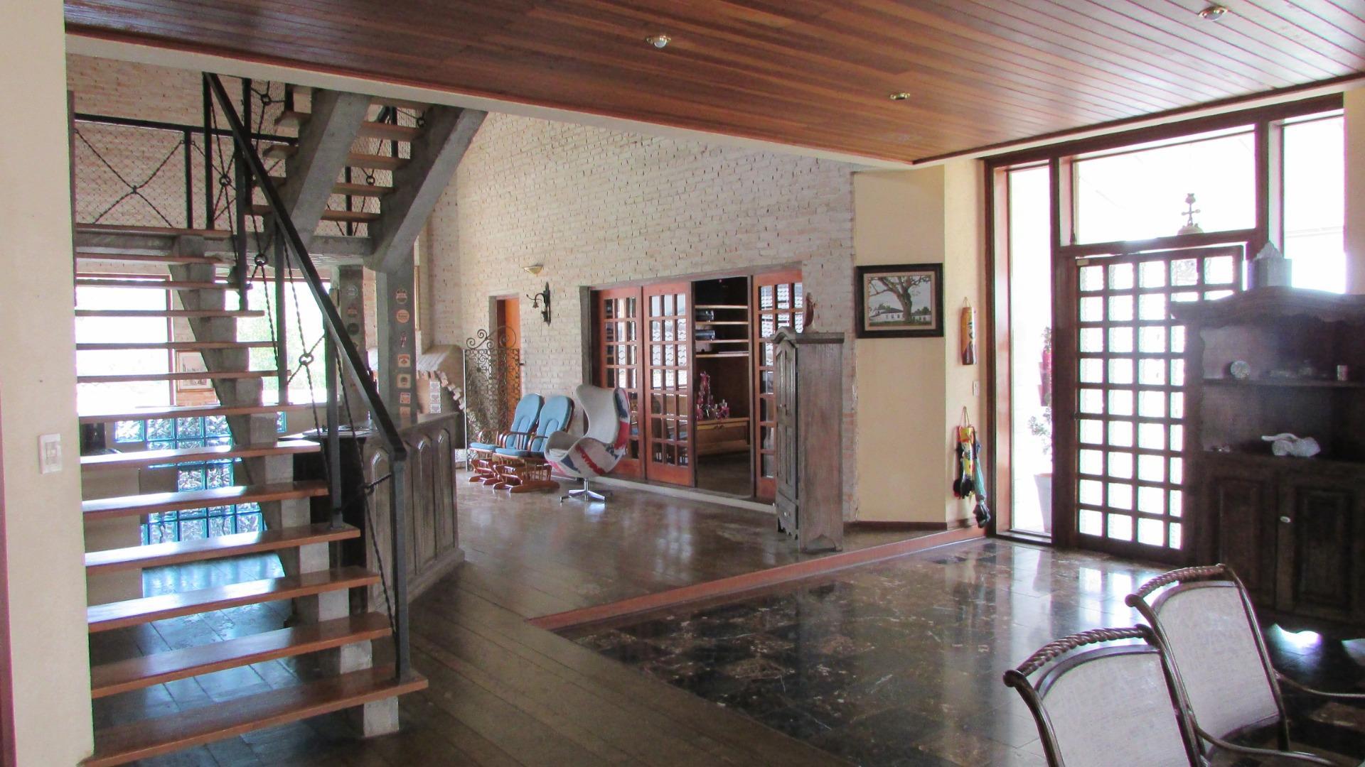 Casa em condomínio à Venda - Jardim Passárgada I