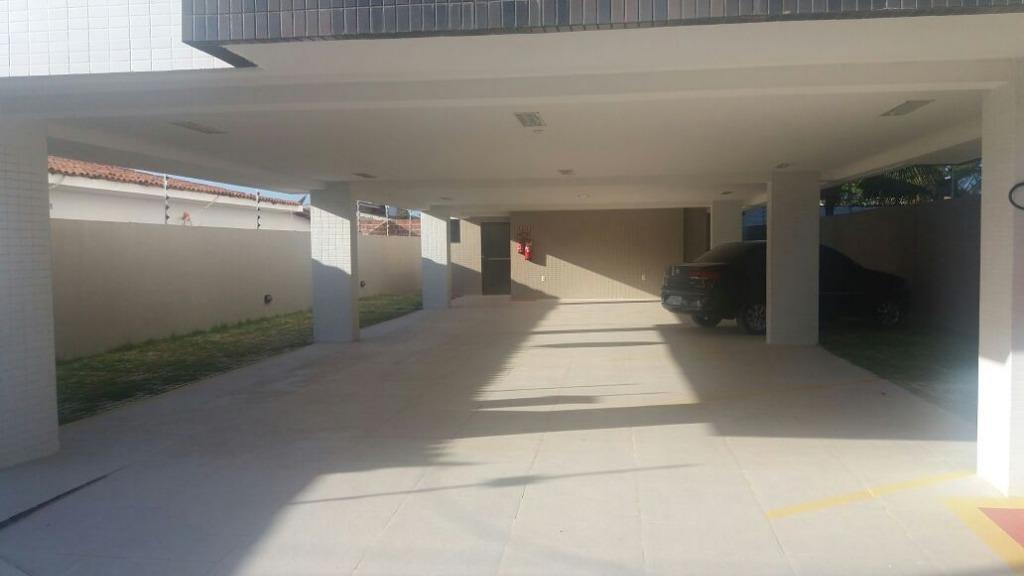 Apartamento com 3 dormitórios à venda, 79 m² por R$ 210.000 - Poço - Cabedelo/PB