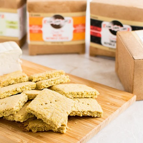 Vegan Cheese Turmeric Oats Crackers + GIVEAWAY!