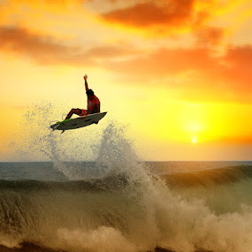 Touch the Sky by Alit  Apriyana - Sports & Fitness Surfing