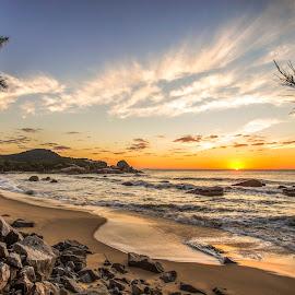 Sunrise in Ilhota beach by Rqserra Henrique - Landscapes Beaches ( clouds, brazil, rqserra, colorfull, sunrise, beach, landscape, rocks, sun )