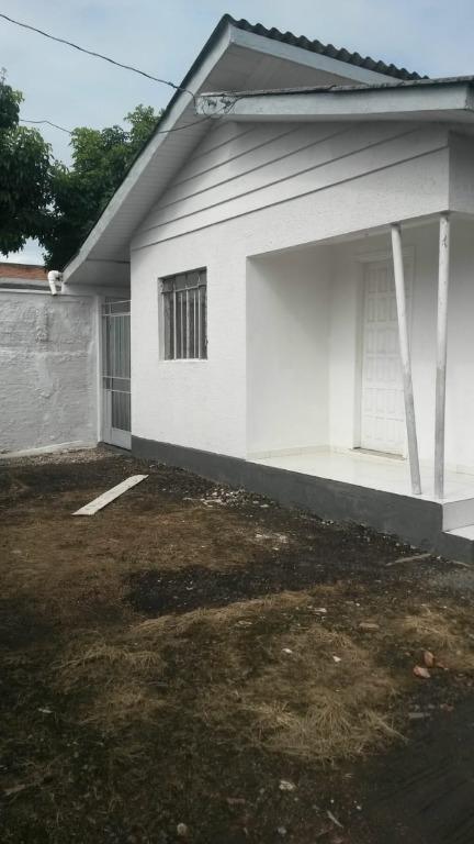 CA0110-ROM, Casa de 2 quartos, 60 m² para alugar no Hauer - Curitiba/PR