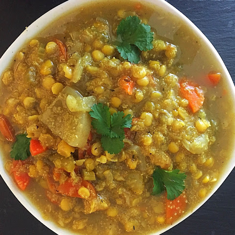 Slow Cooker Split Bean, Quinoa & Veggie Soup