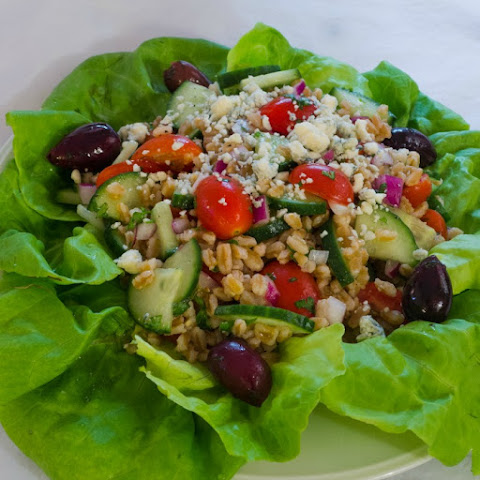 Mediterranean Salad Grain Salad with Gorganzola