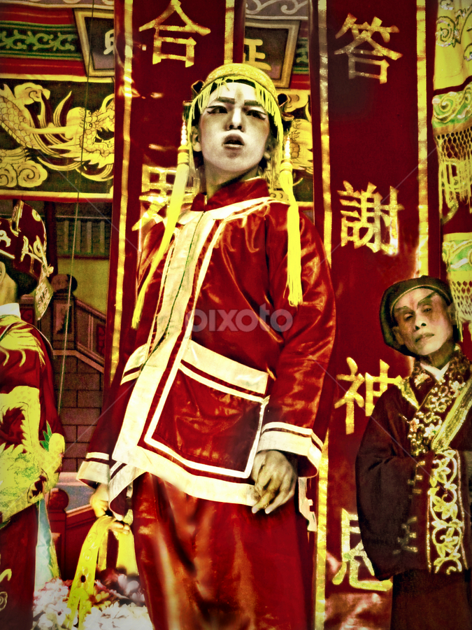 Chinese Opera. by Ian Gledhill - News & Events Entertainment (  )