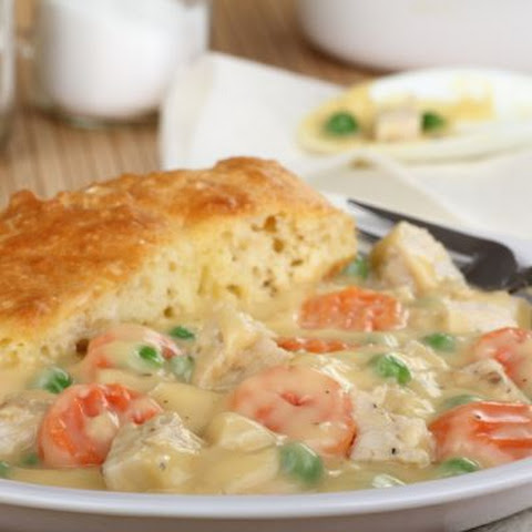 Hearty Biscuit-Topped Chicken Pot Pie